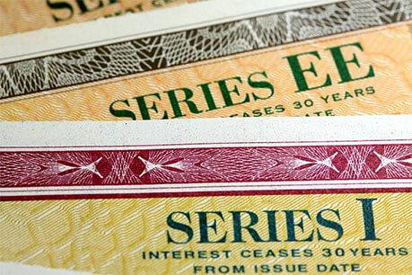 Investing Government Bonds